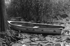 βάρκα μόνη Στοκ φωτογραφίες με δικαίωμα ελεύθερης χρήσης