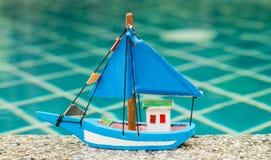 Βάρκα παιχνιδιών Στοκ εικόνα με δικαίωμα ελεύθερης χρήσης