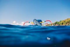 Βάρκα παράδοσης στον μπλε ωκεανό, Μπαλί, Ινδονησία Στοκ εικόνες με δικαίωμα ελεύθερης χρήσης