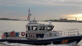 Βάρκα Παρίσι αστυνομίας απόθεμα βίντεο
