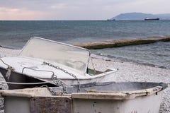 βάρκα παραλιών παλαιά Στοκ Φωτογραφία