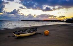 Βάρκα στην άμμο Στοκ Εικόνες