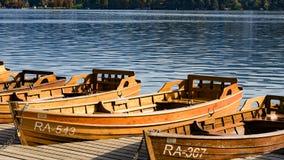 Βάρκα στην αιμορραγημένη λίμνη στοκ φωτογραφία με δικαίωμα ελεύθερης χρήσης