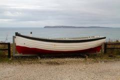 Βάρκα στην ακτή της Βόρειας Ιρλανδίας Στοκ Φωτογραφία