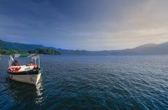 Βάρκα στη λίμνη Coatepeque, Ελ Σαλβαδόρ Στοκ εικόνα με δικαίωμα ελεύθερης χρήσης