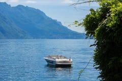 Βάρκα στη λίμνη Como, Menaggio, Lombardia, Ιταλία Στοκ Φωτογραφίες
