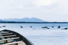 Βάρκα στη θάλασσα στοκ εικόνα με δικαίωμα ελεύθερης χρήσης
