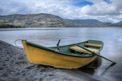 Βάρκα στη λίμνη Στοκ εικόνα με δικαίωμα ελεύθερης χρήσης