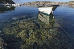 Βάρκα στον αδριατικό κόλπο Στοκ φωτογραφίες με δικαίωμα ελεύθερης χρήσης
