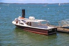 Βάρκα στον κόλπο του Αρκασόν, Γαλλία Στοκ εικόνα με δικαίωμα ελεύθερης χρήσης