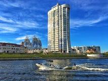 Βάρκα στον ποταμό της Μόσχας, περιοχή της Μόσχας, της Ρωσίας Στοκ φωτογραφίες με δικαίωμα ελεύθερης χρήσης