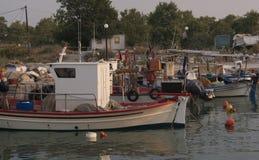 Βάρκα στο λιμάνι Στοκ φωτογραφίες με δικαίωμα ελεύθερης χρήσης