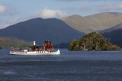 Βάρκα τουριστών - λίμνη Windermere - περιοχή λιμνών - Αγγλία Στοκ Φωτογραφία