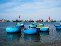 Βάρκα του ψαρά του Βιετνάμ Στοκ Εικόνα