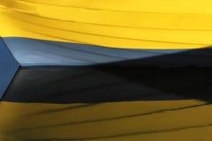 Βάρκα Χρώματα που απεικονίζονται στο θαλάσσιο νερό Στοκ Φωτογραφίες