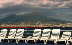 βάρκα deckchairs στοκ φωτογραφία με δικαίωμα ελεύθερης χρήσης