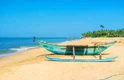 Βάρκα Oruwa στην παραλία Bentota στοκ φωτογραφίες με δικαίωμα ελεύθερης χρήσης