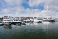 Βάρκες δύναμης στο λιμάνι στο Ελσίνκι Στοκ Φωτογραφία