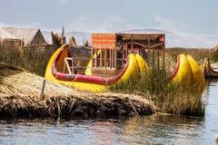 Βάρκες καλάμων Thre στη λίμνη Titicaca, Περού Στοκ Φωτογραφία