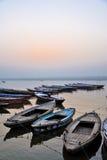 βάρκες παλαιό Varanasi Στοκ Φωτογραφίες