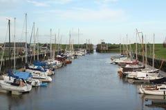 Βάρκες πανιών στο λιμάνι Στοκ Εικόνες