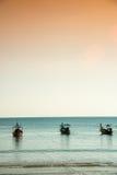 βάρκες παραλιών κοντά ταϊλανδικό σε παραδοσιακό Στοκ φωτογραφίες με δικαίωμα ελεύθερης χρήσης