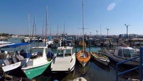 Βάρκες που δένονται στη μαρίνα σε Akko ή το στρέμμα, Ισραήλ φιλμ μικρού μήκους