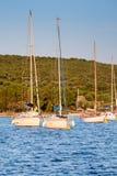 βάρκες που πλέουν το ηλι Στοκ Εικόνες