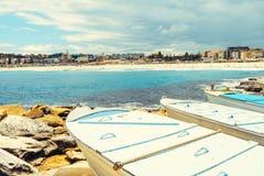 Βάρκες που σταθμεύουν στην παραλία Bondi Στοκ Εικόνες