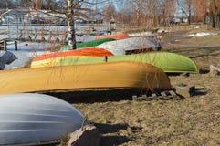 βάρκες που χρωματίζοντα&iota Στοκ Εικόνες