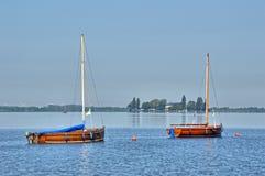 Βάρκες σε μια λίμνη Στοκ εικόνα με δικαίωμα ελεύθερης χρήσης