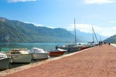 Βάρκες στη λίμνη Annecy στη Γαλλία Στοκ Εικόνα