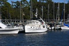 Βάρκες στη μαρίνα στην επικεφαλής νότια Καρολίνα Hilton στοκ φωτογραφία με δικαίωμα ελεύθερης χρήσης