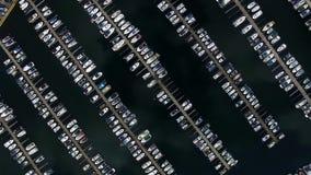 Βάρκες στη μαρίνα, τοπ άποψη απόθεμα βίντεο