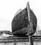 Βάρκες στις αποβάθρες Στοκ Φωτογραφίες