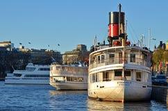 βάρκες Στοκχόλμη στοκ φωτογραφίες