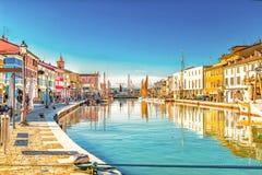 βάρκες στον ιταλικό λιμένα καναλιών στοκ εικόνες με δικαίωμα ελεύθερης χρήσης