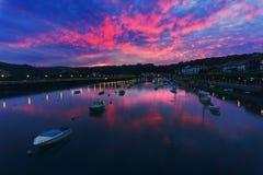 Βάρκες στον ποταμό Plentzia στο ηλιοβασίλεμα Στοκ Εικόνα
