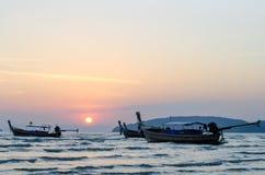 Βάρκες στο ηλιοβασίλεμα Στοκ Εικόνες