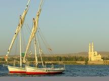 Βάρκες Felucca στην όχθη ποταμού του Νείλου Στοκ εικόνα με δικαίωμα ελεύθερης χρήσης