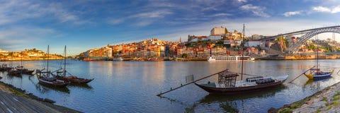 Βάρκες Rabelo στον ποταμό Douro, Πόρτο, Πορτογαλία Στοκ εικόνες με δικαίωμα ελεύθερης χρήσης