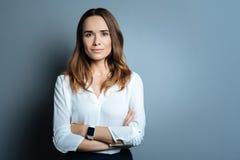Βέβαια όμορφη επιχειρηματίας που είναι έτοιμη να εργαστεί Στοκ Εικόνα