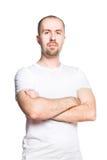 Βέβαιο όμορφο άτομο μπλούζα που απομονώνεται στην άσπρη στο λευκό Στοκ Φωτογραφία