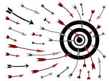 βέλη bullseye που πετούν Στοκ Εικόνες