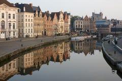 Βέλγων Όμορφη πόλη Gent στα ξημερώματα Στοκ εικόνα με δικαίωμα ελεύθερης χρήσης