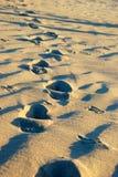 Βήματα στην άμμο Στοκ Φωτογραφίες