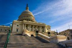 Βήματα στο Capitol, στην Ουάσιγκτον, συνεχές ρεύμα Στοκ εικόνα με δικαίωμα ελεύθερης χρήσης