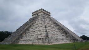 Βήμα-πυραμίδα & ναός της Maya σε Chichen Itza Στοκ Εικόνες