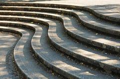 βήμα σκαλοπατιών καμπυλών Στοκ Φωτογραφίες