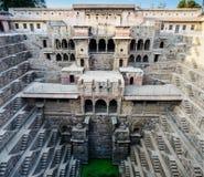 Βήμα Baori Chand καλά στο χωριό Abhaneri, κράτος του Rajasthan, Ινδία στοκ φωτογραφίες